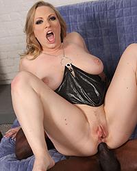 Vicky Vixen